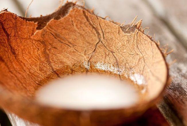 d maquillant naturel la recette maison l huile de coco perles d 39 afrik. Black Bedroom Furniture Sets. Home Design Ideas