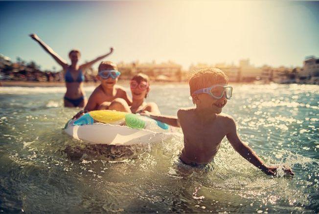 Les « premières fois » des enfants en vacances