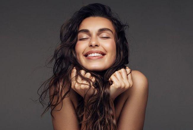 Cheveux : 12 options pour (enfin) les aimer