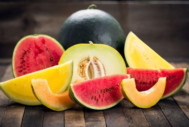 Melon, pastèque : leurs calories et vertus santé comparées