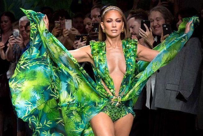 Jennifer Lopez dans « Queens » : « Une coach m'a appris à danser dans des clubs de strip-tease »