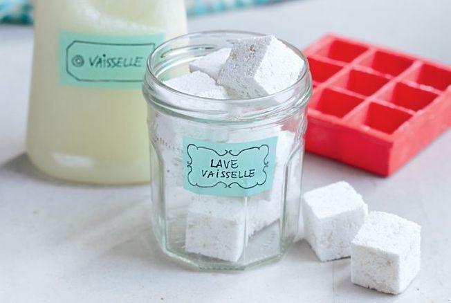 Tablettes pour lave vaisselle maison : le DIY au naturel