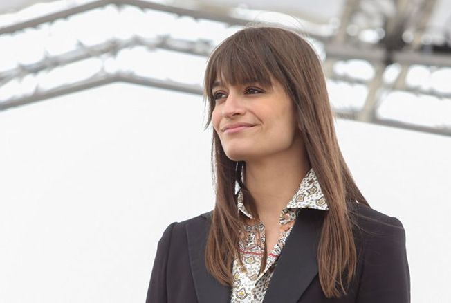 « La Grenade » de Clara Luciani sacrée chanson de l'année par la Sacem - Version Femina