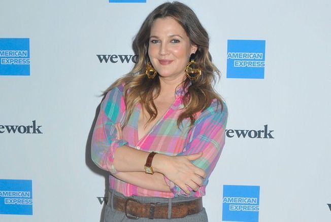 Drew Barrymore assume enfin son corps post-grossesse
