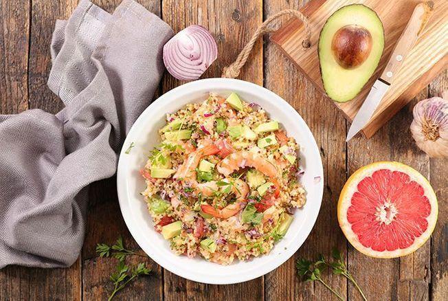 Cyril Lignac dévoile sa recette de la salade de crevettes croustillantes et c'est à tomber