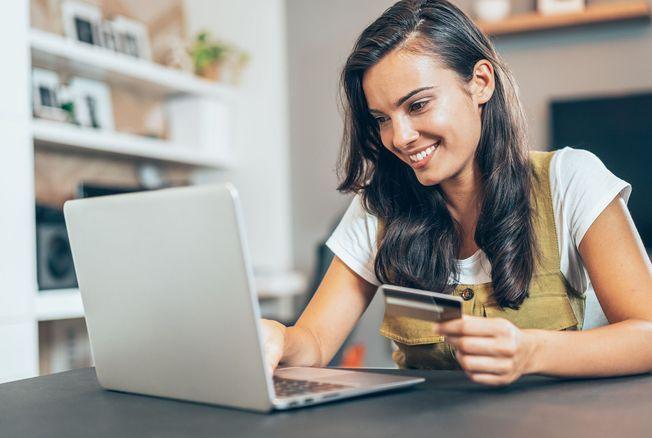 Soldes d'été : quels sont les 10 produits que les Français ont le plus achetés sur Internet ?