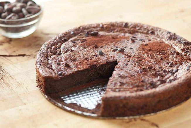 Christophe Michalak dévoile sa recette du flan au chocolat, un dessert facile et « trop mortel »
