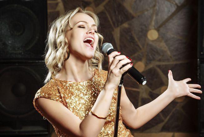 Chanteur, écrivain... prenez un cours avec une star !