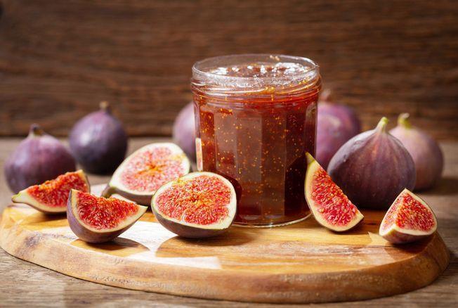 Julie Andrieu dévoile sa recette de confiture de figues au laurier parfaite pour profiter de ce délicieux fruit toute l'année