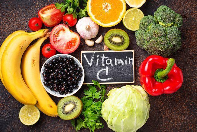 Vitamine C : ces aliments naturels en contiennent infiniment plus que l'orange et le citron